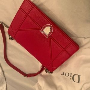 Diorama flap bag in bright red grained calfskin